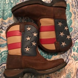 Kids square toe union boots